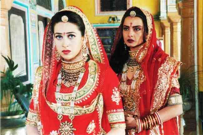 Attire of Ghoomar in Zubeidaa movie