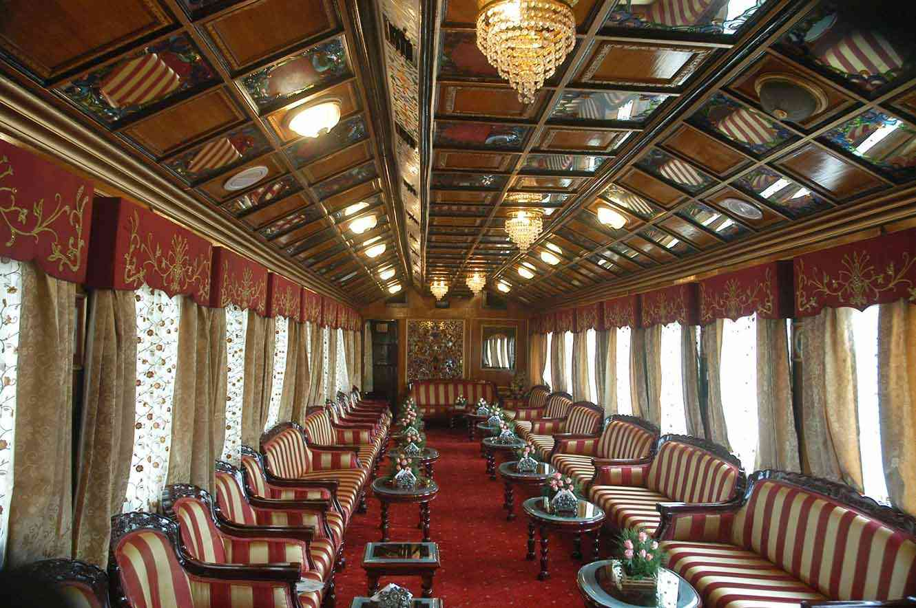 heritage palace on wheels
