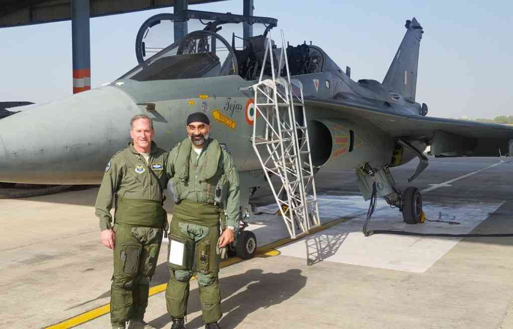 US Air Force General David L Goldfein with India Air Chief Marshal B S Dhanoa