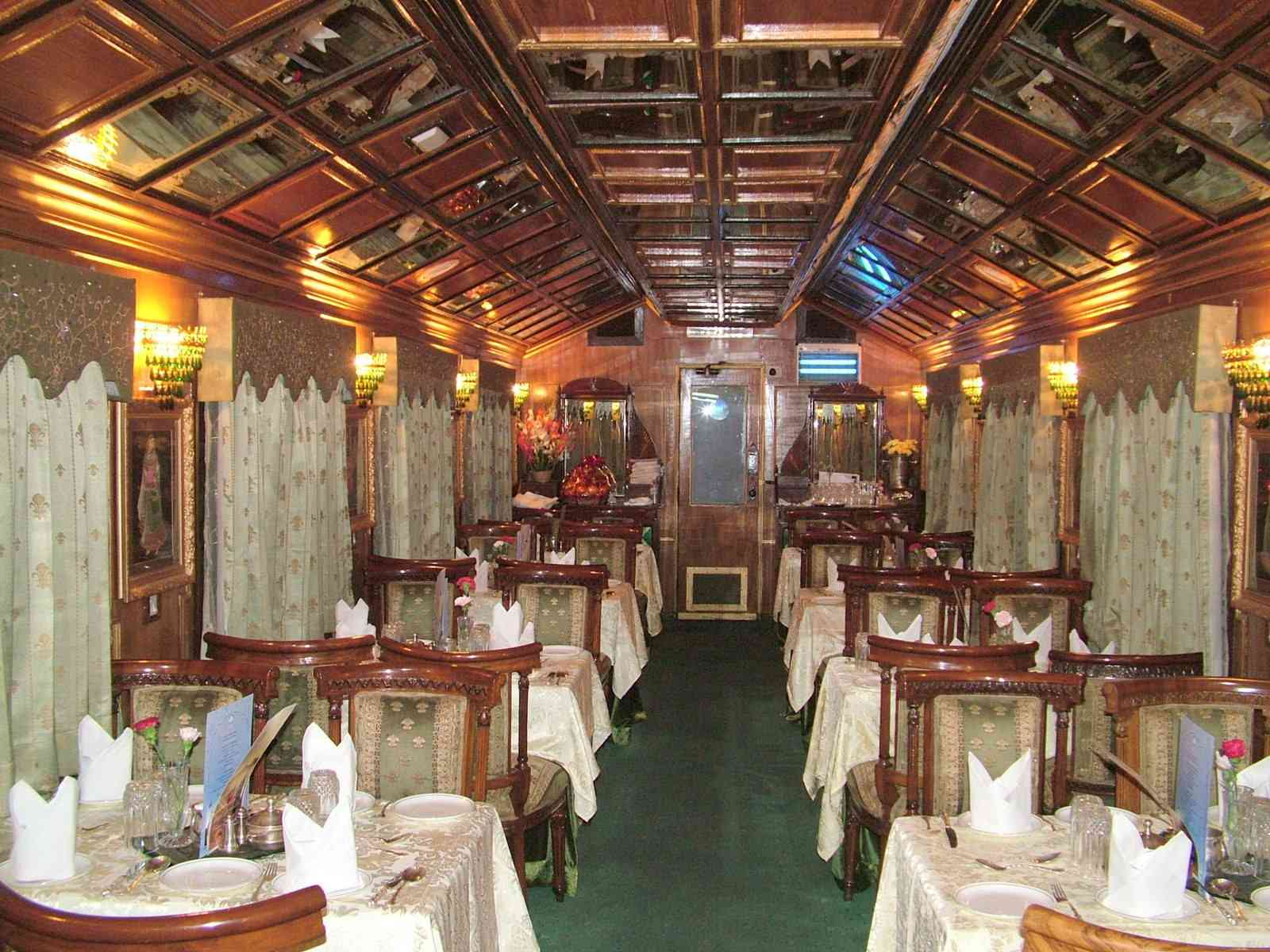 palace on wheels luxury wedding destination