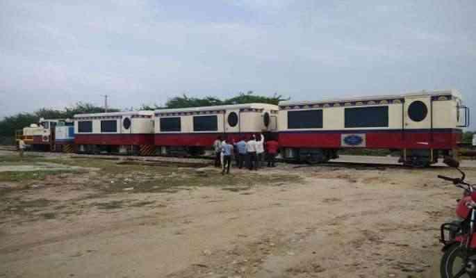 Salt Train in Sambhar lake