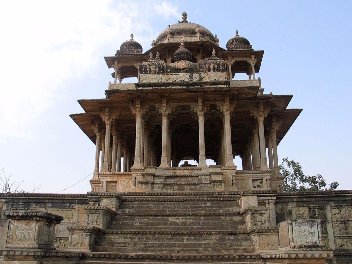 Chaurasi Khambon ki Chhatri images