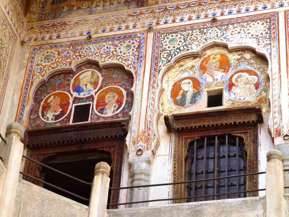 wall art haveli nawalgarh