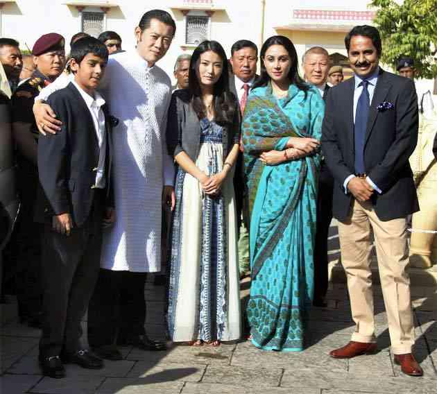 bhutan king on rajasthan tour