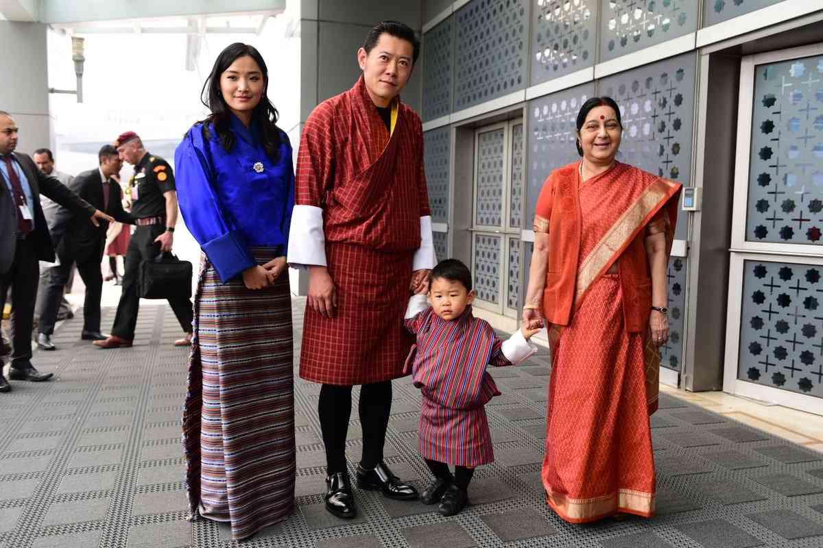 bhutan king on india tour
