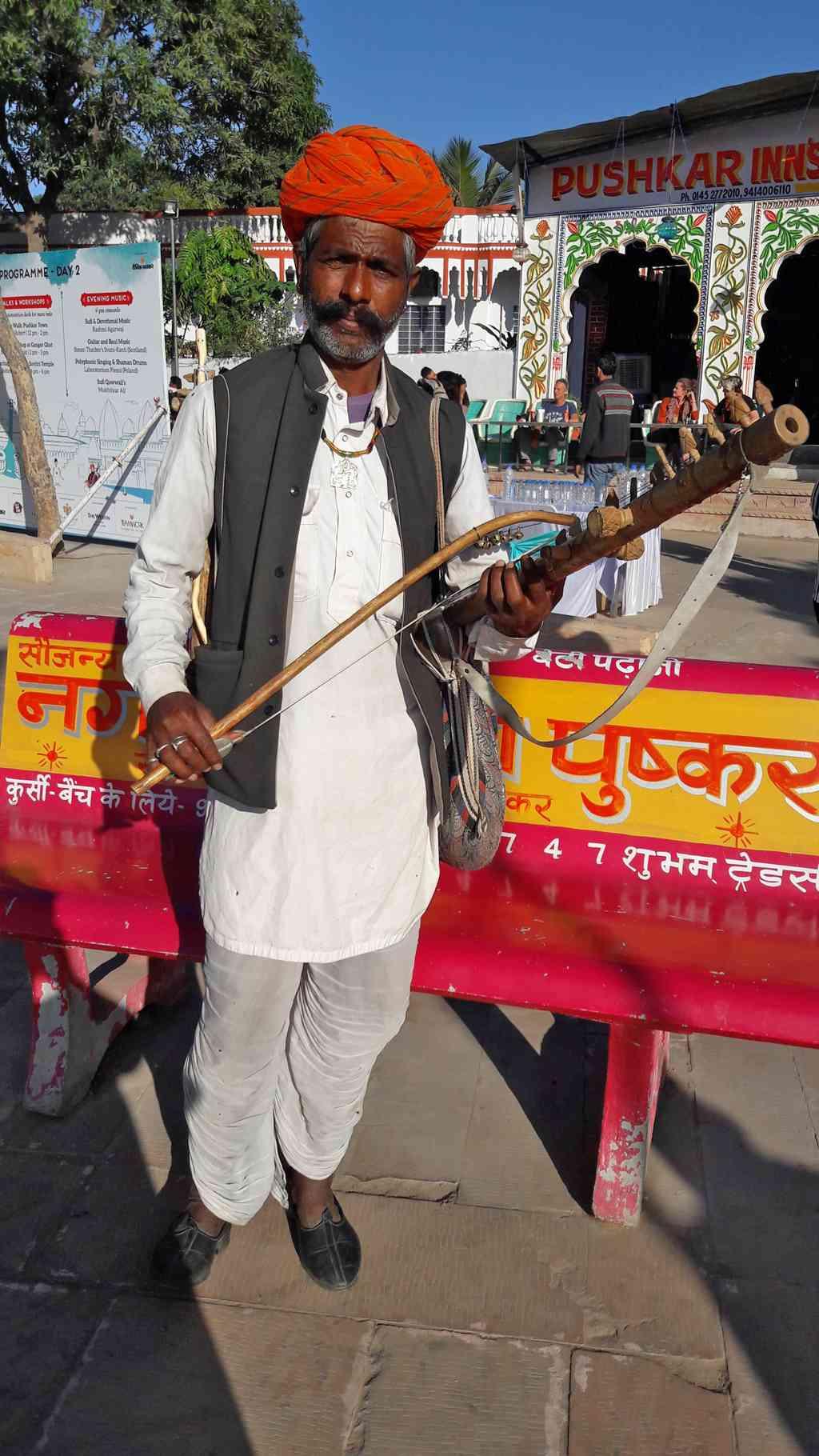 traditional Rajasthani musician shows off his ravanahatha