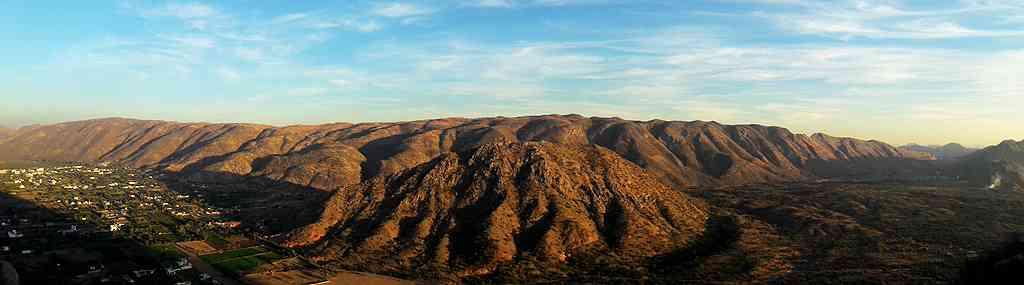 panoramic view of the foothills of Taragarh