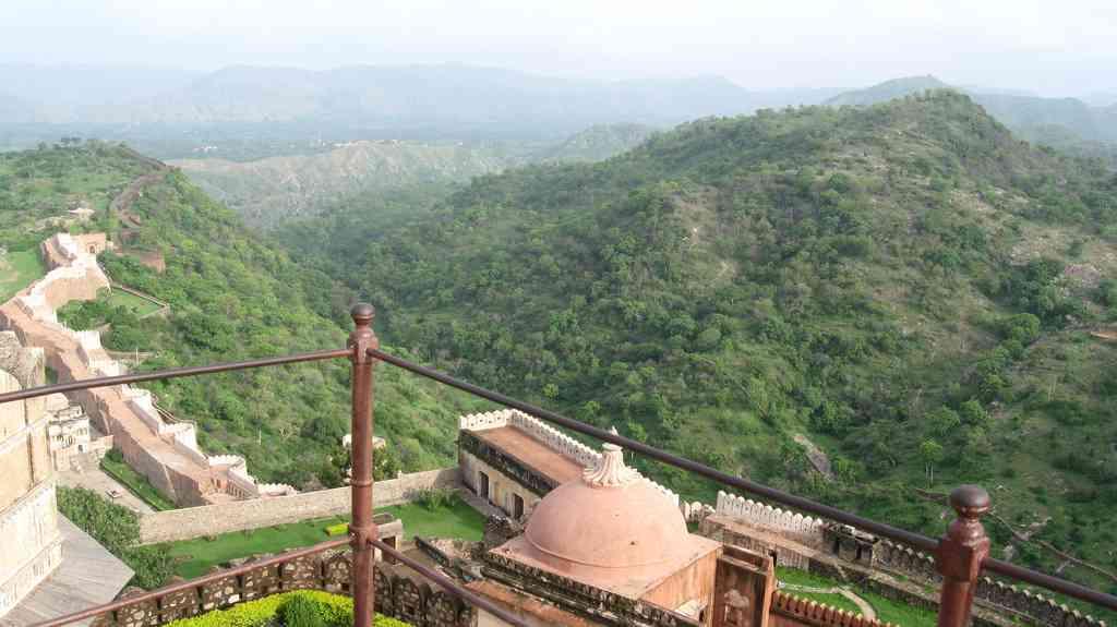 Badal Mahal Kumbhalgarh Fort bird eye view