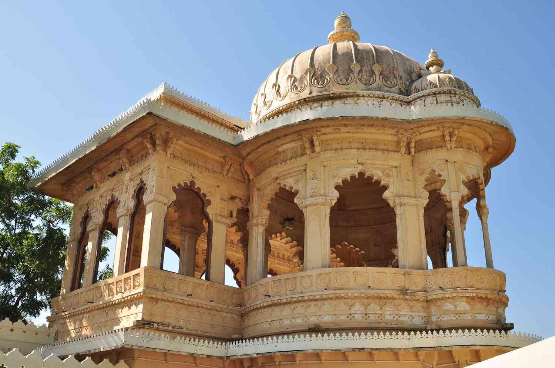 jag mandir udaipur architecture