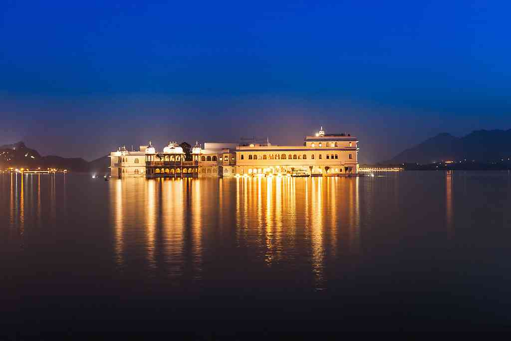 jag mandir palace udaipur dinner