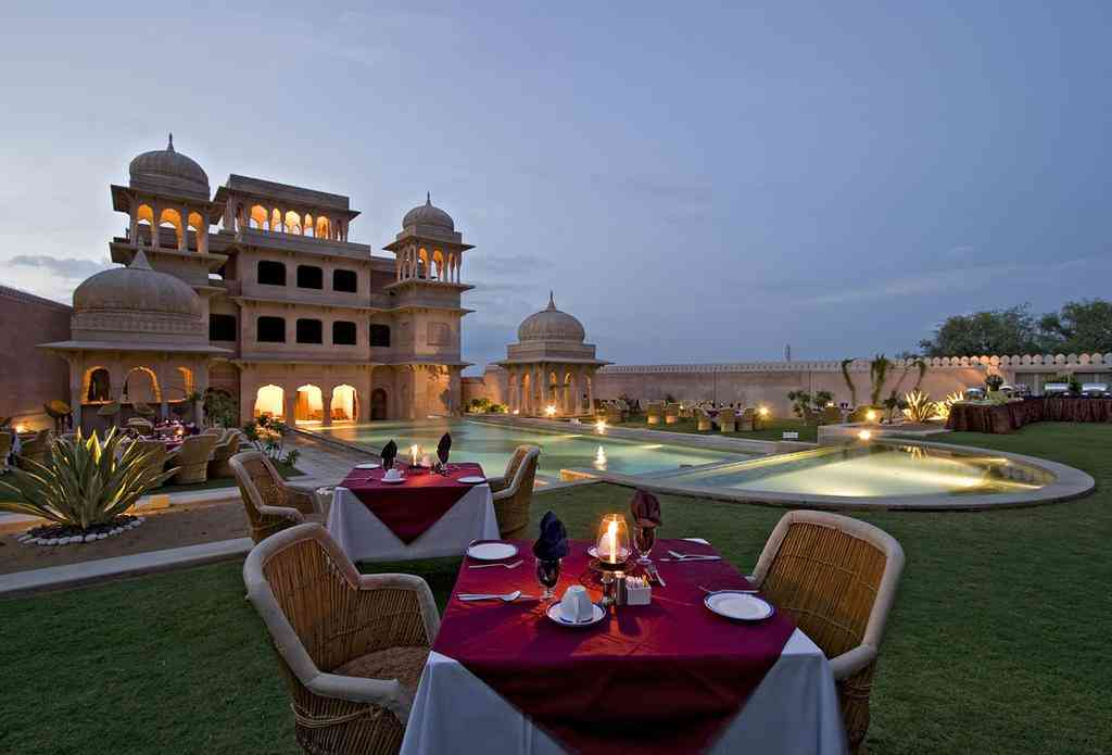 Rajasthan Tourist Destinations nearby Delhi-Hotel Castle Mandawa