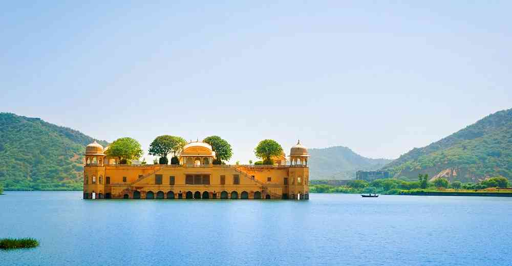 Rajasthan Tourist Destinations nearby Delhi-Jaipur Jal Mahal
