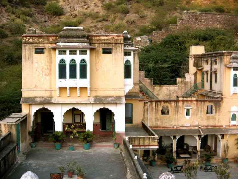 bhadrajun fort royal rajwada