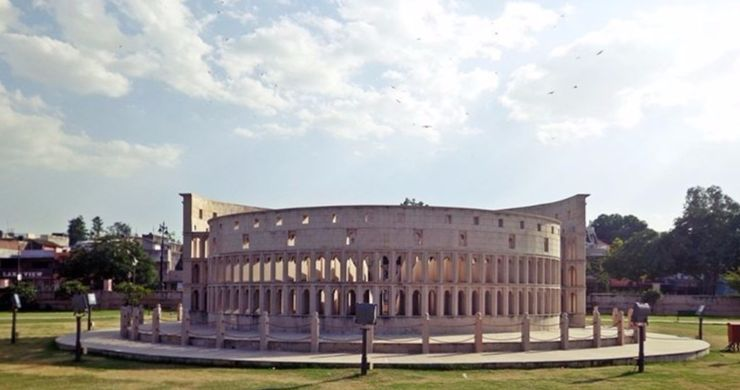 Rome's Colosseum Seven Wonders Park, Kota
