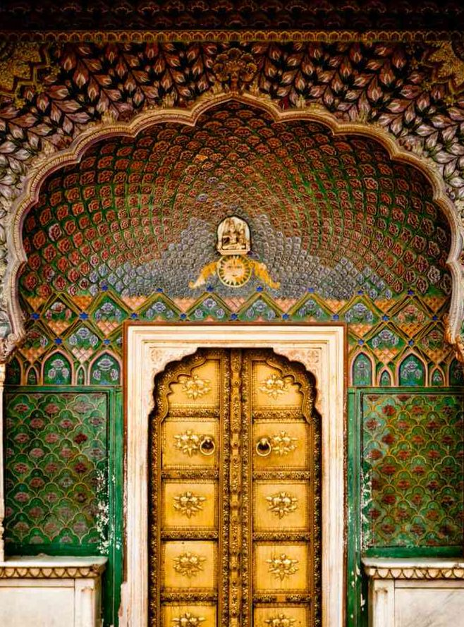These 4 Marvellous Doorways In City Palace Jaipur Represent 4 Seasons