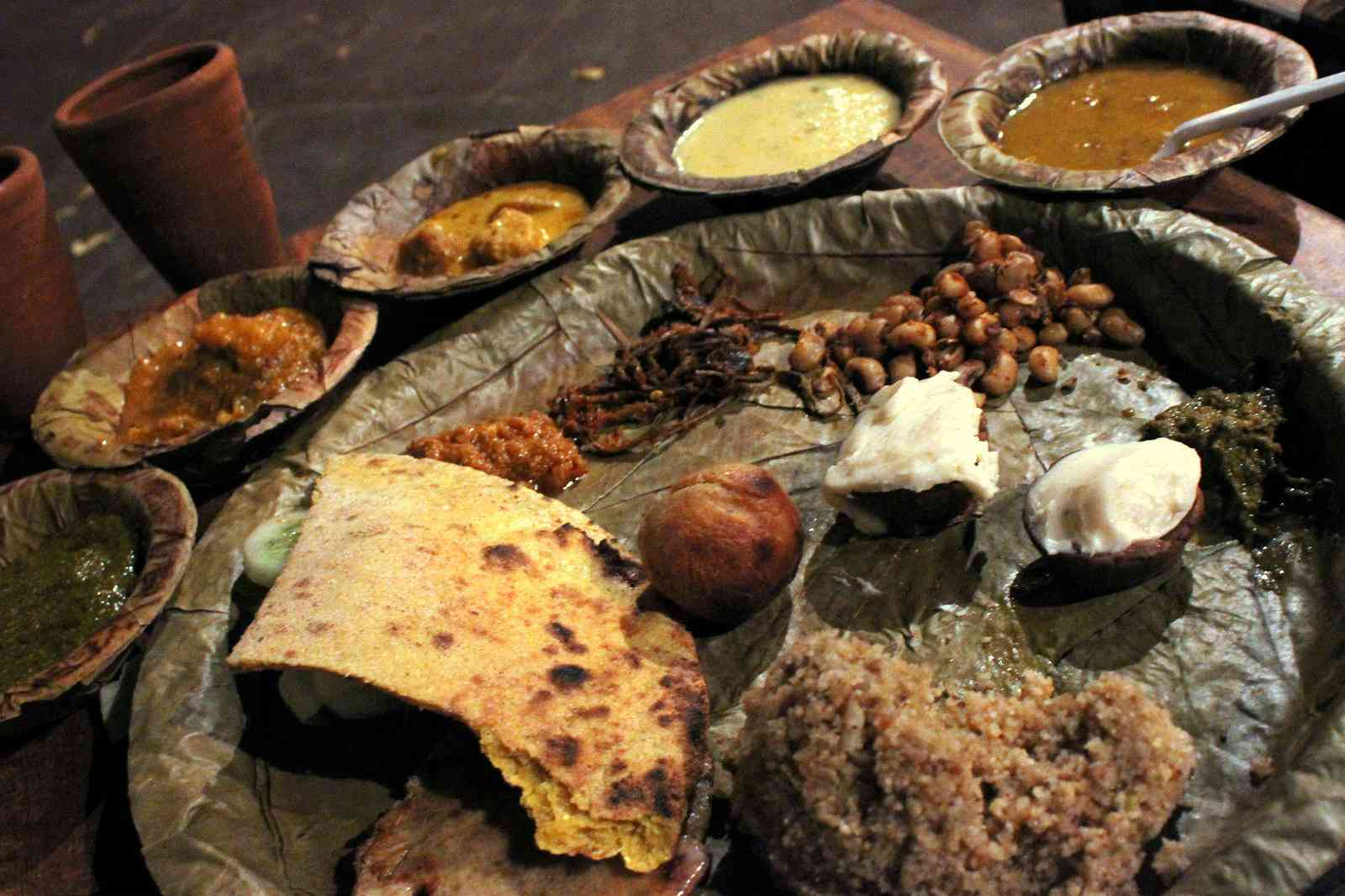 Rajasthani cuisine the related history about it rajasthani thali forumfinder Choice Image