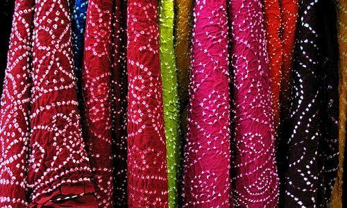 traditional tie and dye bandhani