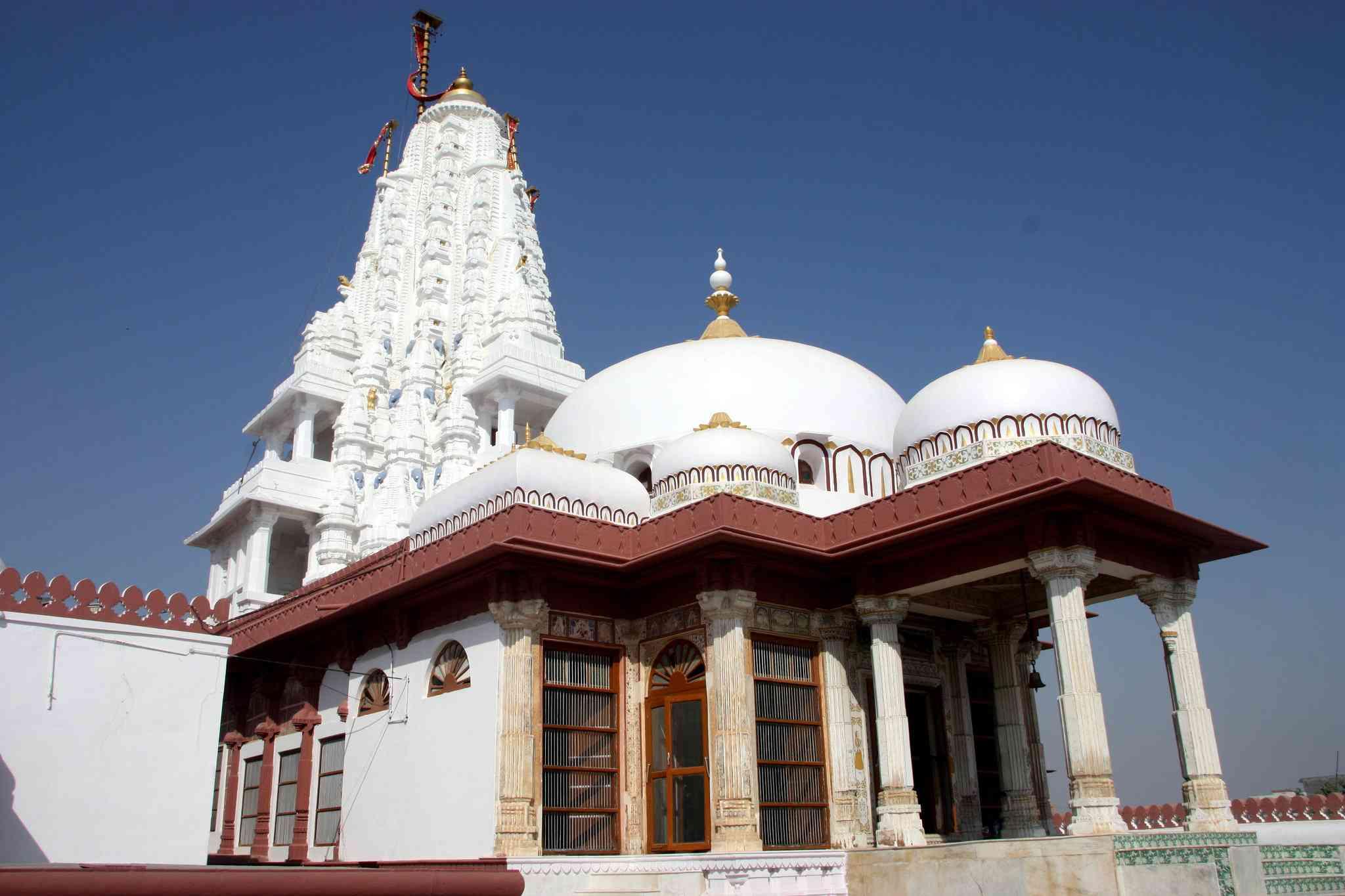 Banda Shah Jain temple Bikaner