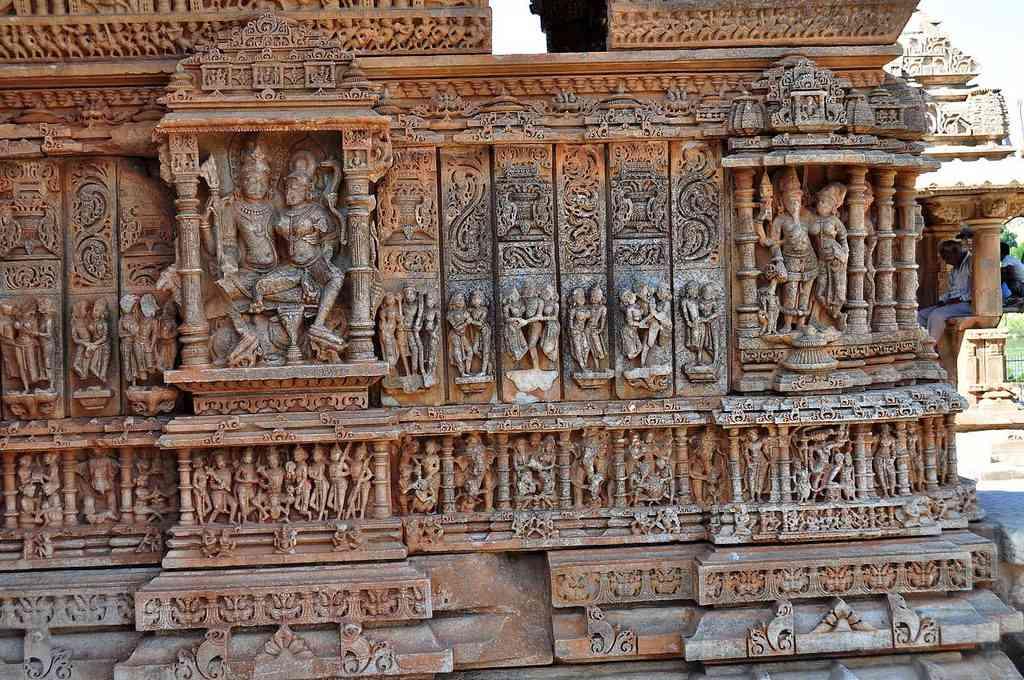 sas bahu temple udaipur