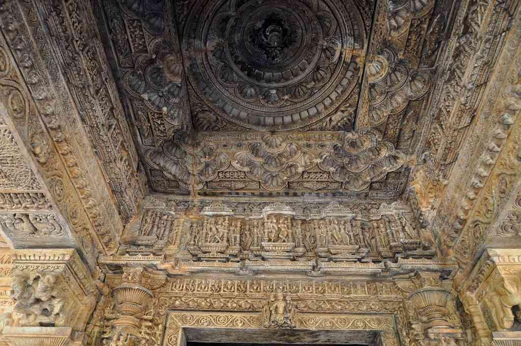 sas bahu sahastra bahu temple