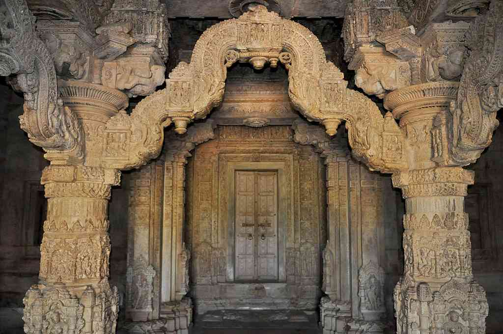 sas bahu temple rajasthan